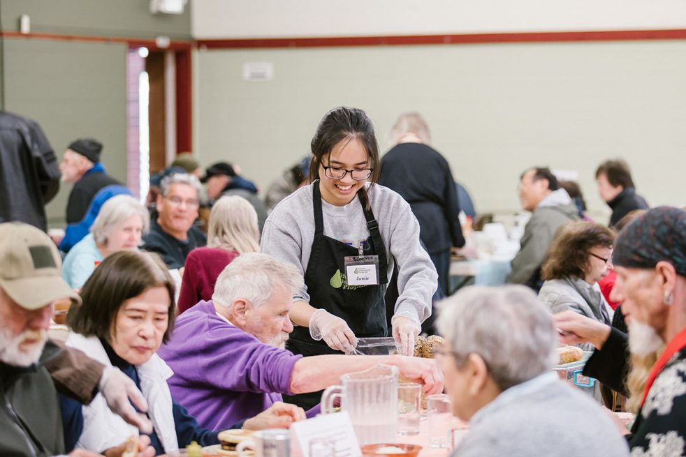 community dining at lake city