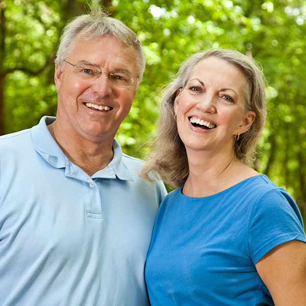Boomer couple, smiling